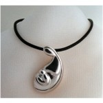 p-3636-sweet-embrace-pendant.jpg